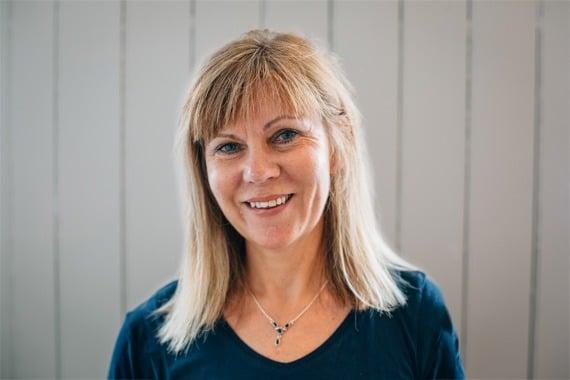 Photo of Ros Hoyes Maindfulness teacher